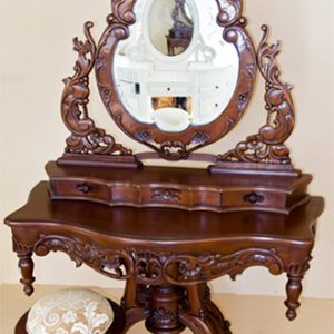 Comoda Rococo cu oglinda