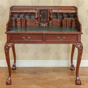 Secretaire Chippendale.1