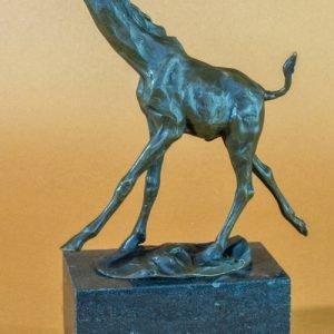 Statueta bronz Girafa